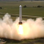 SpaceX Grasshopper rocket hovers, moves sideways like science fiction